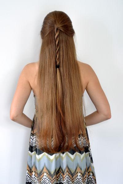 Mal die Frisur im Detail...