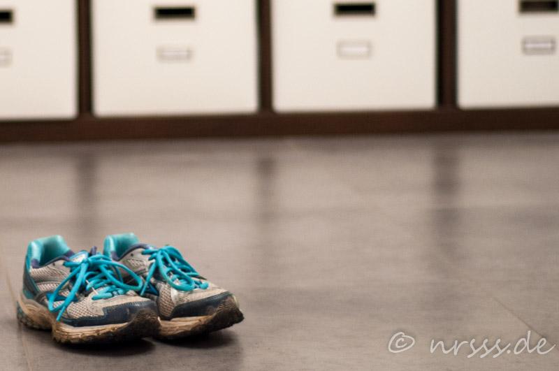 Fur einen fitten Körper braucht es nicht viel - nur ein Paar Laufschuhe... oder so ähnlich!